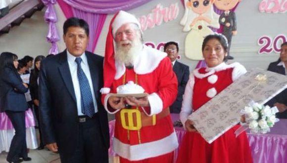 'Papá Noel' y Mamá Noela' se casaron en matrimonio masivo en Junín. (Difusión)