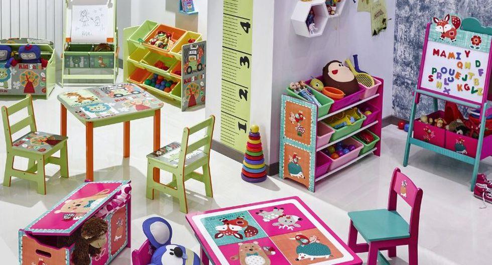 Implementa el área con una mesa pequeña y sillas con fácil acceso para los niños es lo más recomendable, los organizadores y jugueteros ayudarán a crear una conciencia del orden. (Foto: Difusión)