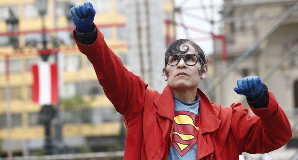 Esteban Abel Chávez era el Superman peruano que recorría las calles del Centro de Lima. (Anthony Niño de Guzmán/GEC)