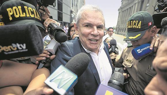 """Castañeda evitó referirse a su excolaborador Martín Bustamante, pero consideró que José Luna """"tiene razón"""" en afirmar que este mintió para perjudicarlo. (Foto: GEC)"""