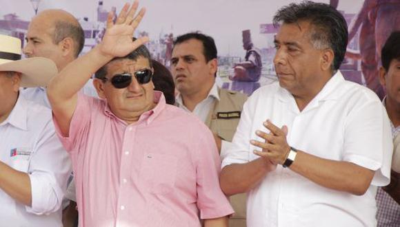 Humberto Acuña y David Cornejo están enfrentados.