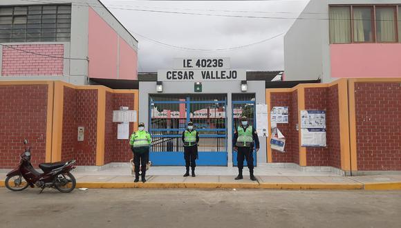 Desde ayer, 96 mil policías ya se encuentran vigilando los centros de votación. (PNP)
