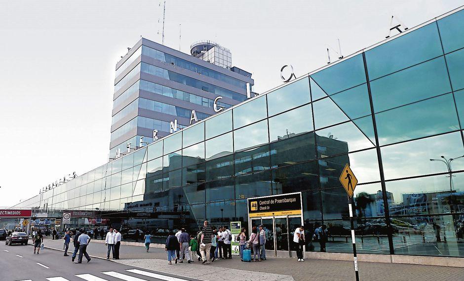 Aeropuerto Internacional Jorge Chávez (USI)