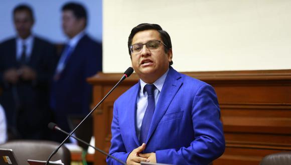 El vocero de la agrupación, César Vásquez, destacó diálogo entre la Comisión de Constitución, el primer ministro, Salvador del Solar y el ministro de Justicia, Vicente Zeballos. (Foto: Congreso)