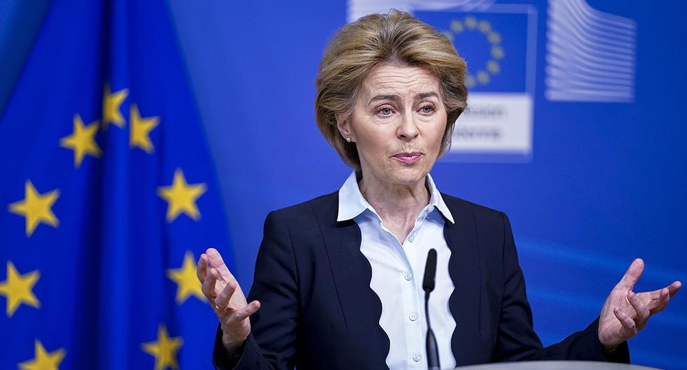 La presidente de la Comisión Europea, Ursula von der Leyen, habla durante un comunicado de prensa en el edificio Berlaymont en Bruselas. (Foto: AFP)