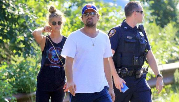Leonardo DiCaprio y su pareja Nina Agdal salieron ilesos de un accidente de tránsito. (Dailymail.co.uk)