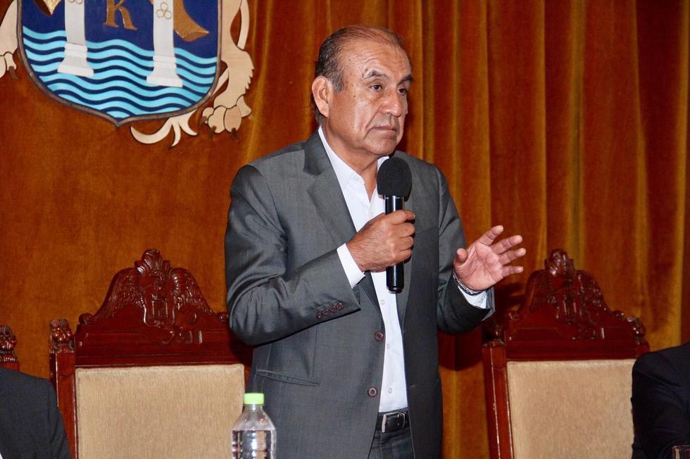 El alcalde de Trujillo, Daniel Marcelo, también le retiró su confianza a otros tres funcionarios.