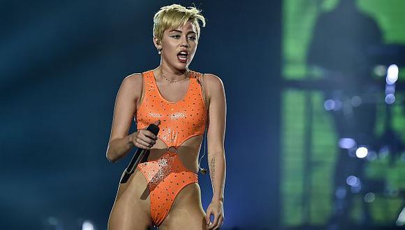Miley Cyrus será una de las presentadoras de los premios Grammy. (AFP)