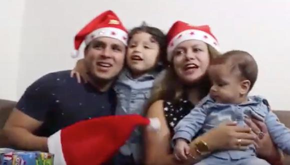 La familia protagoniza un videoclip navideño estas fiestas.