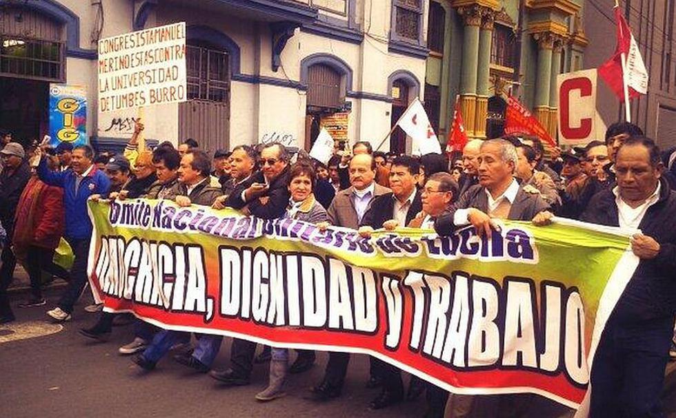 Manifestación fue convocada hace unas semanas por la CGTP en protesta contra la Ley de Servicio Civil. (Twitter: @spaciolibre)