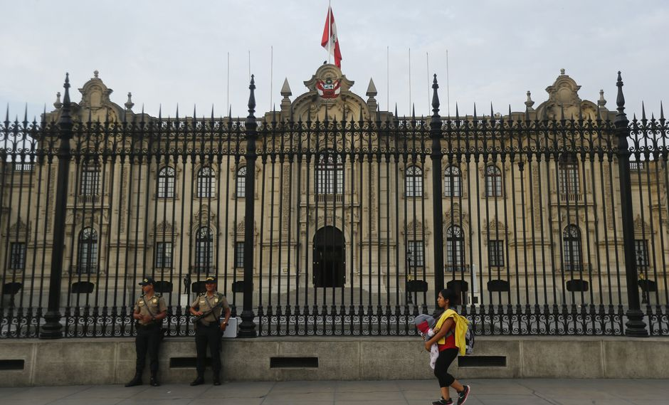 Nuevos ministros asumen hoy en Palacio de Gobierno.