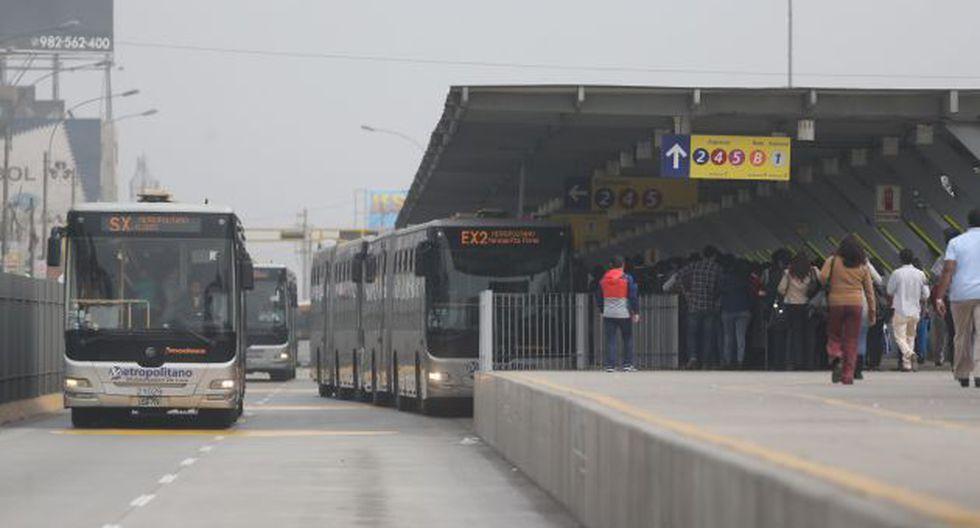 Metropolitano: Adelantan en 30 minutos salida de buses de los servicios expresos. (Perú21)