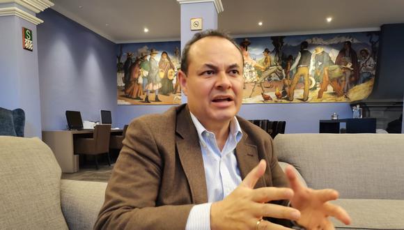 """Luis Carranza: """"Perú Libre representa el riesgo de que se les quite sus ahorros a 8 millones de trabajadores peruanos"""". GEC"""
