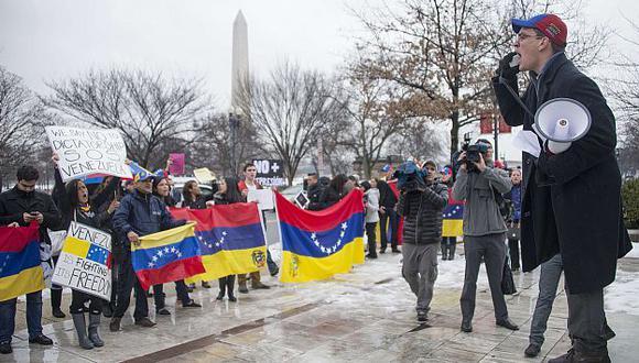 Se realizaron portestas en Washington, donde se reunía la OEA. (AFP)