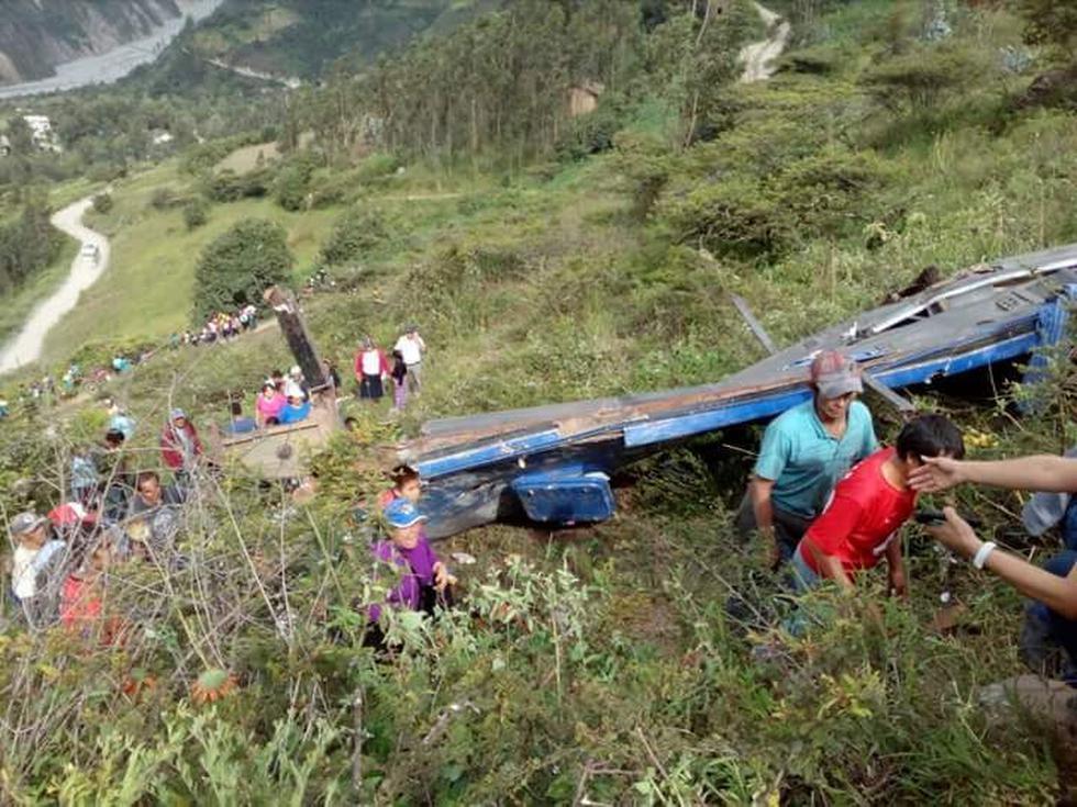 Bus cayó a un abismo en la provincia de Otuzco.