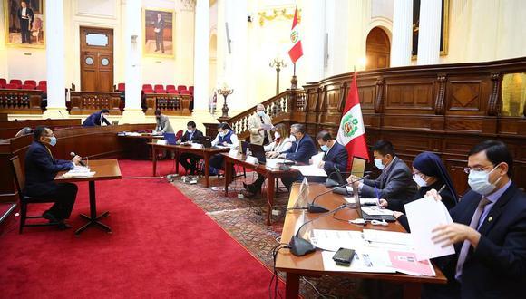 La comisión especial para elegir miembros del TC sesiona en el Congreso. (Congreso de la República)