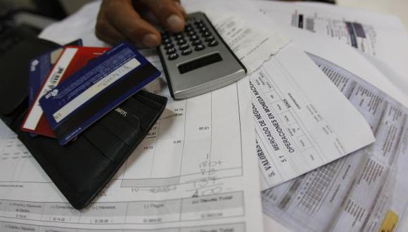URGEN CAMPAÑAS. Usuarios necesitan conocer sus nuevos derechos para hacer mejor uso de los productos financieros. (USI)