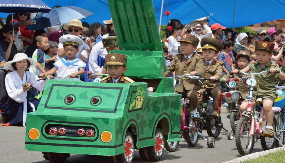 Cerca de 3,000 niños participaron en celebraciones por el Día del Niño, considerada una fecha importante en el país comunista. (Reuters)