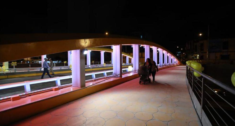 Así lucía el puente Leoncio Prado horas antes de ser inaugurado, pero se canceló. (Foto: GEC/Lino Chipana)