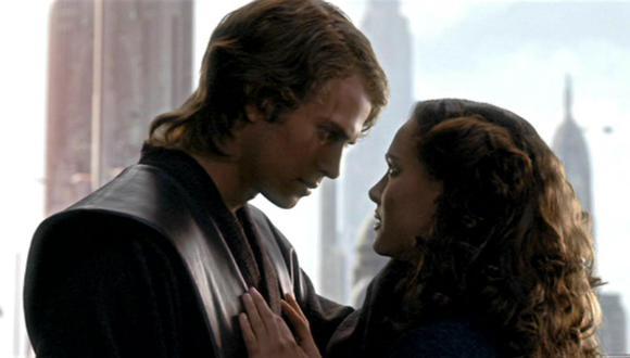 ¿Alguna vez te preguntaste cómo Anakin Skywalker hizo que Padmé se enamorara de él después de pronunciar un diálogo tan cursi? (Foto: Instagram)
