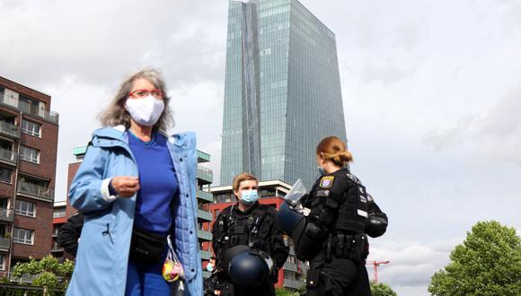 Alemania retirará aviso contra viajes europeos, pero mantiene distanciamiento social. (Foto: AFP/Yann Schreiber)