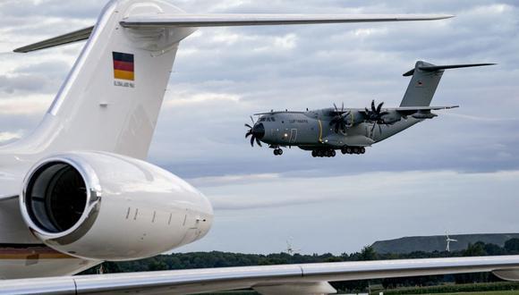 El capitán Bill Urban, del Comando Central, señaló que no hay ninguna víctima civil. (Foto: Axel Heimken / AFP)