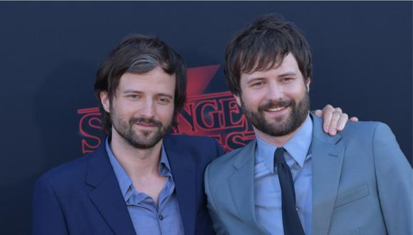 """Los hermanos Matt y Ross Duffer, creadores de """"Stranger Things"""",  son nuevamente demandados. (Foto: AFP/CHRIS DELMAS)"""