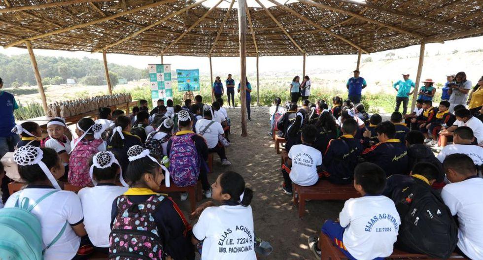 Los 60 estudiantes del colegio Elías Aguirre (VES) tuvieron la oportunidad de aprender –de una manera vivencial– sobre las especies arbóreas. (Foto: Municipalidad de Lima)