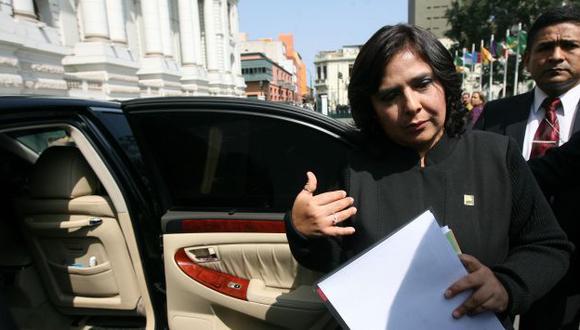 ¿Vacío legal? Ministra reitera que no existe infracción a la Constitución ni al Código de Ética. (David Vexelman)