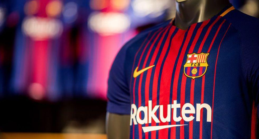 Mientras que en el Camp Nou, el Barcelona vuelve a la rayas verticales. (FC. Barcelona)