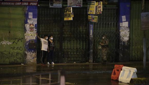 Los vecinos de Lima se vieron sorprendidos por la lluvia que cayó este lunes. (Foto: César Zamalloa/GEC)