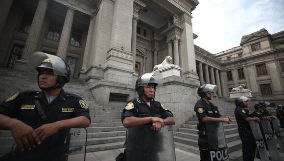 Ay mamita... SOS Perú, ¡septicemia judicial! (USI)