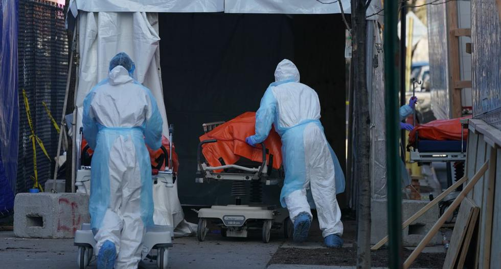 Los últimos cinco fallecidos en Chile eran mayores de 70 años. (Bryan R. Smith / AFP / Referencial).