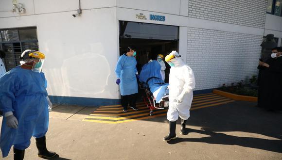 Los hospitales podrán atender con mayor personal a los pacientes con coronavirus. (EsSalud)
