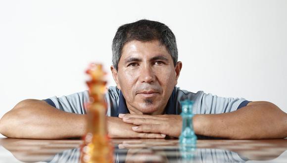 Julio Granda vive en Camaná con su esposa y dos de sus cuatro hijos (César Campos/GEC).