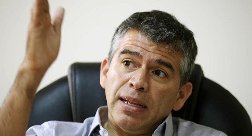 Julio Guzmán no se ha pronunciado públicamente sobre el caso de Daniel Mora, quien fue denunciado por violencia familiar. (Foto: GEC)