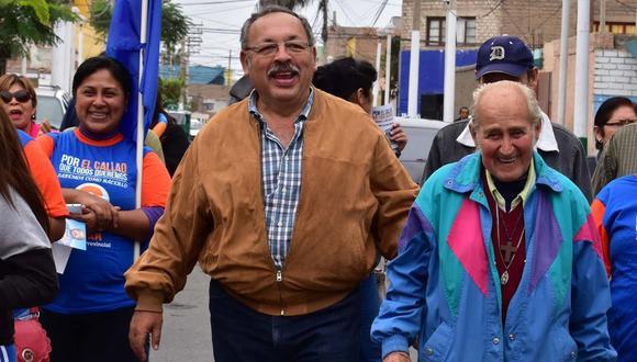 """En audios difundidos ayer, César Hinostroza conversa con Raúl Odar quien le comenta que ha """"tenido una dificultad en el Jurado Nacional de Elecciones"""". (Foto: Facebook)"""