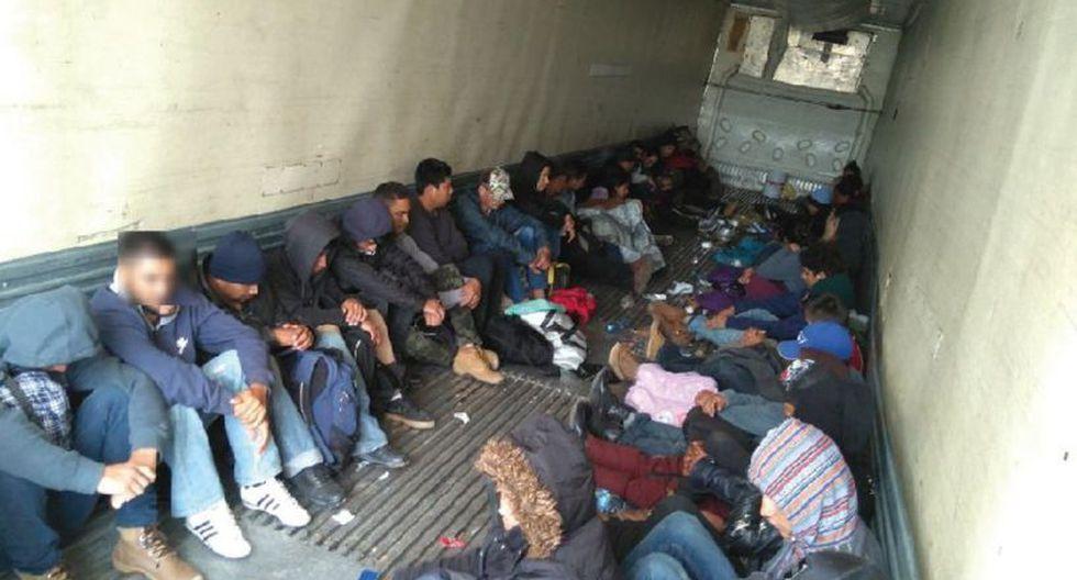 En total se localizaron 18 guatemaltecos, nueve hondureños y un salvadoreño, entre ellos 10 menores de edad. (Foto referencial: EFE).