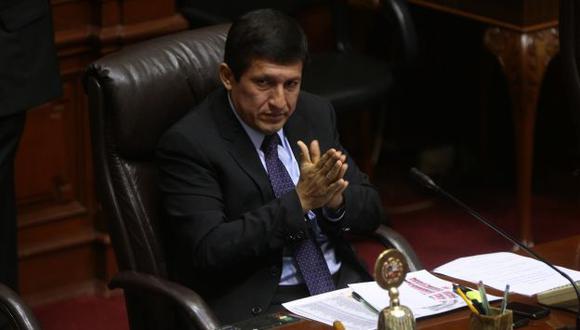 Le dan la espalda. Renuncia de Pilar Freitas a la Defensoría del Pueblo le podría costar la reelección. (David Vexelman)
