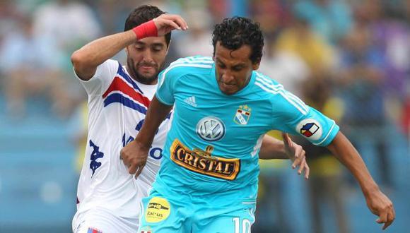 A REPETIR EL PLATO. Rimenses vencieron 2-0 en Lima. (EFE)