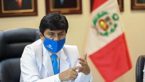 Mario Carhuapoma es cuestionado por los nombramientos de funcionarios durante su gestión en EsSalud. (GEC)