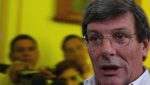Rafael Rey fue elegido miembro del BCR en octubre de 2016 con 71 votos a favor, 33 en contra y 0 abstenciones.