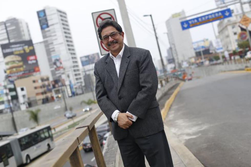 Enrique Cornejo postula a la Alcaldía de Lima con Democracia Directa.