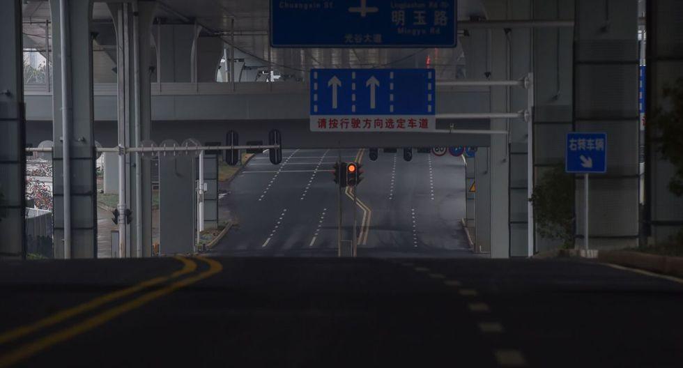 Con máscaras y sin poder salir de la ciudad: Así pasaron el Año Nuevo Chino en Wuhan
