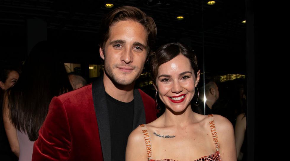 Captan a Diego Boneta y Camila Sodi muy cariñosos. (Getty Images)