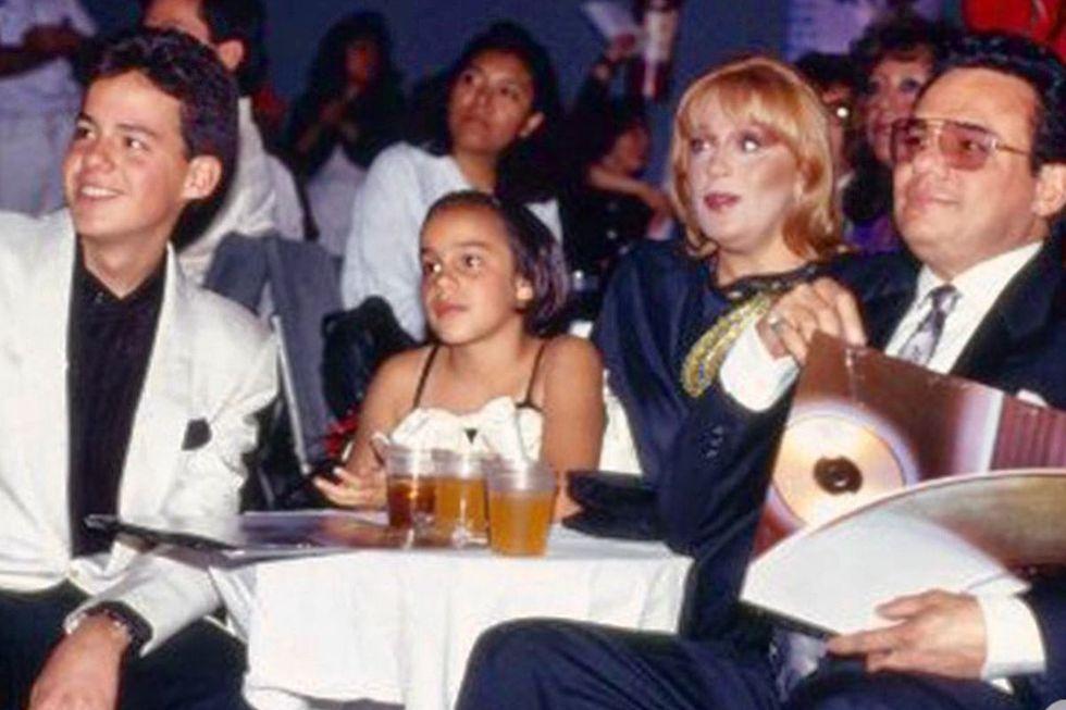 José José junto a sus hijos José Joel y Marysol y su entonces esposa Ana Elena Noreña. (Foto: Instagram)