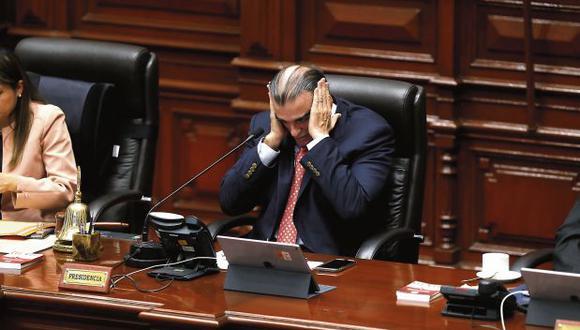 Pedro Olaechea argumenta que Vizcarra busca evitar que el TC se pronuncie sobre la demanda competencial (Hugo Pérez/GEC).
