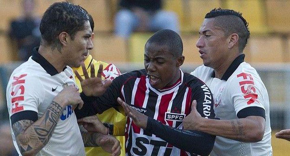 Guerrero no anotó y casi se agarró a golpes con un jugador del Sao Paulo. (Agencia Corinthians)