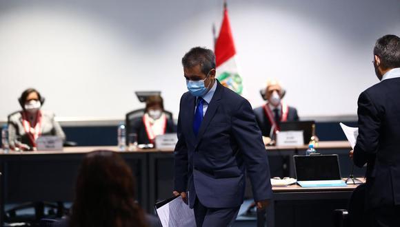 El fiscal supremo Tomás Gálvez dio sus descargos ayer ante la Junta Nacional de Justicia. (GEC)