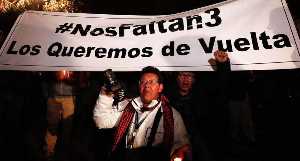 """Navas indicó que desde que se produjo el secuestro el gobierno ecuatoriano instó a las autoridades colombianas a no ejecutar """"operaciones que comprometan la integridad"""" del equipo periodístico. (EFE)"""